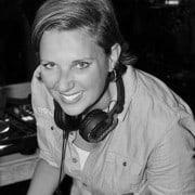 Vrouwlijke DJ linda Huren