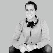 DJ Robert inhuren
