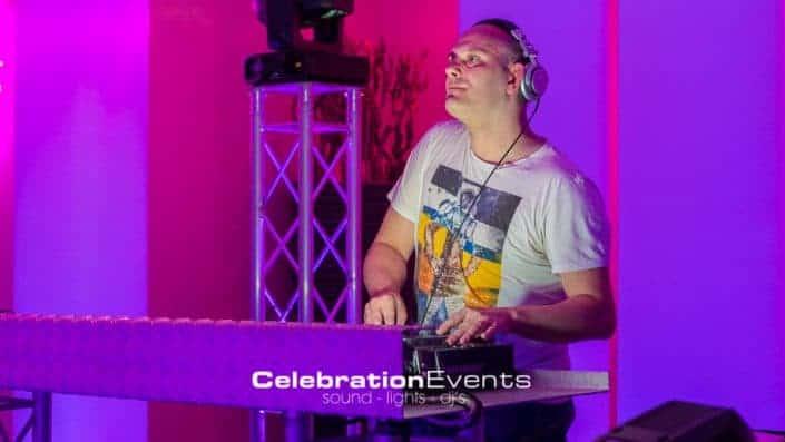 80 & 90 Party Zoete inval 2014