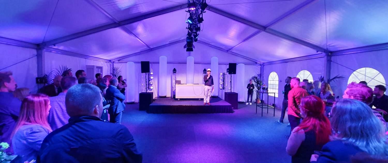 Verhuur Celebration deLuxe pakket - Personeelsfeest in tent