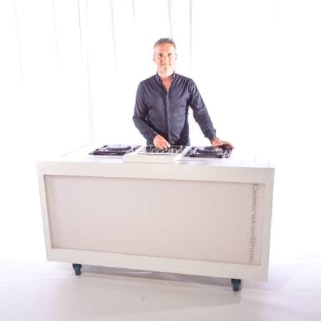 Verhuur basic dj meubel - inclusief dj-gear