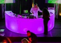 Ronde DJ Booth huren