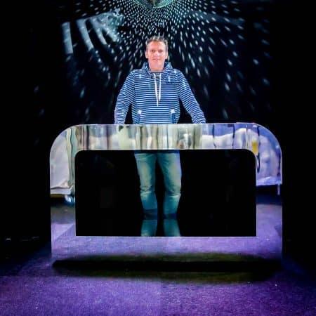 Verhuur Zilveren DJ booth