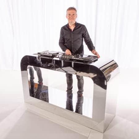Verhuur zilver spiegelend dj-meubel