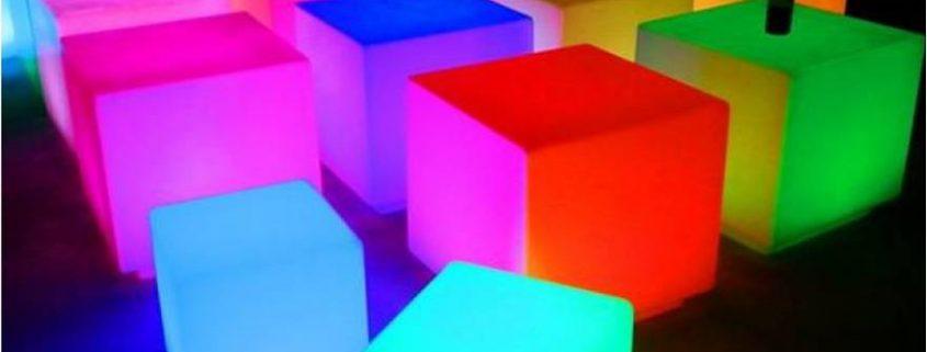 Verhuru vierkante 40 cm LED kubus