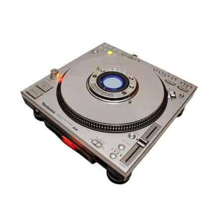 Verhuur van de technics SL DZ 1200 cd-speler.