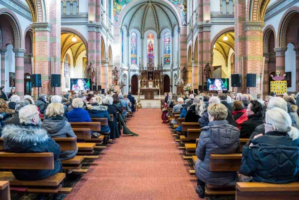 Geluidversterking Kerk Uitvaart Monique