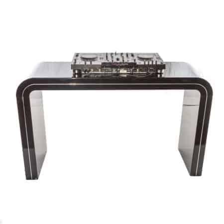 Zwart DJ meubel huren inclusief Pioneer XDJ-RX