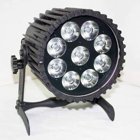 Verhuur Astera AX10 LED Spot op accu.