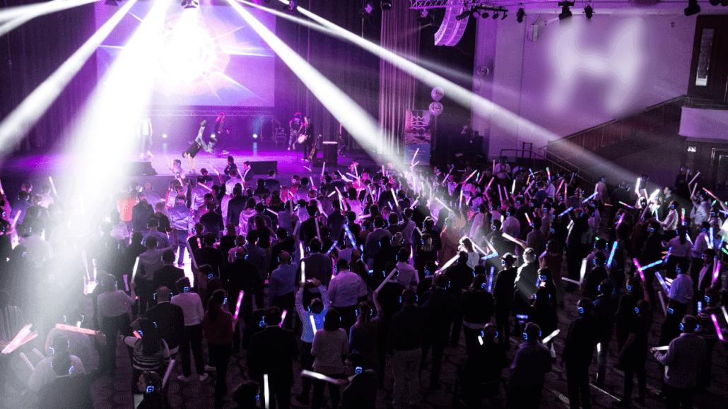 Verhuur en Support Audiovisuele techniek - Plenaire sessies en Feestavond Kick-Off Event
